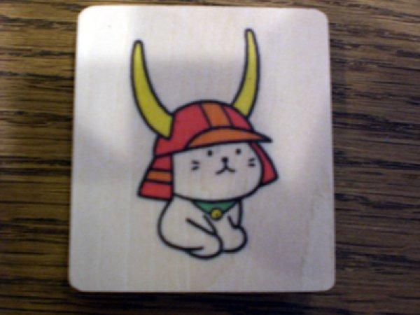 画像1: ひこにゃん木製 ピンチ付マグネット お座り (1)
